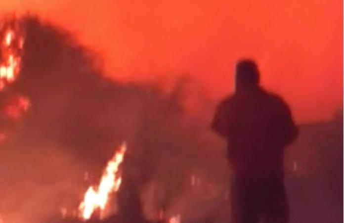 """Video: un impresionante """"tornado de fuego"""" se creó durante incendio en Arroyito"""