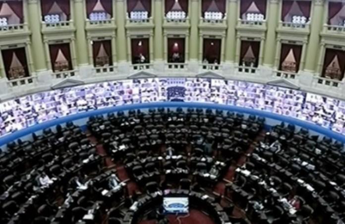 Escándalo en el Congreso: un diputado manoseó a una mujer en medio de la sesión