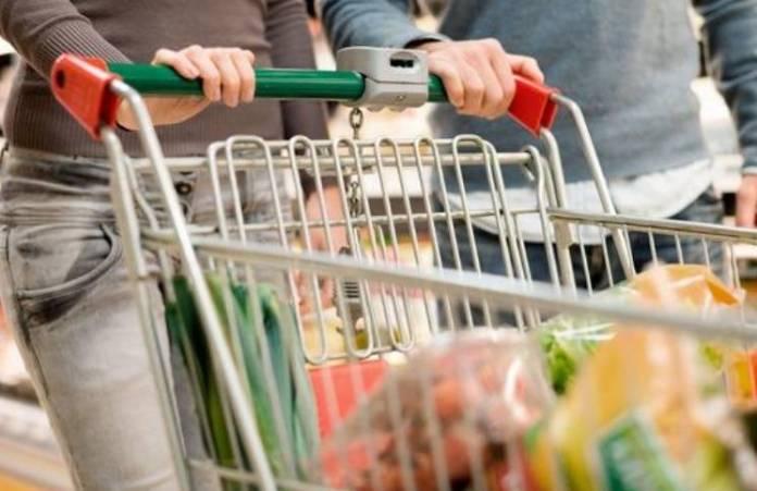 La canasta aumentó un 3,7% y para no se pobre una familia necesitó 51.776 pesos