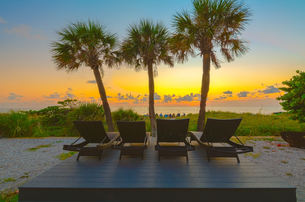 3 Palms Retreat Vacation Rental In Indian Rocks Beach Fl