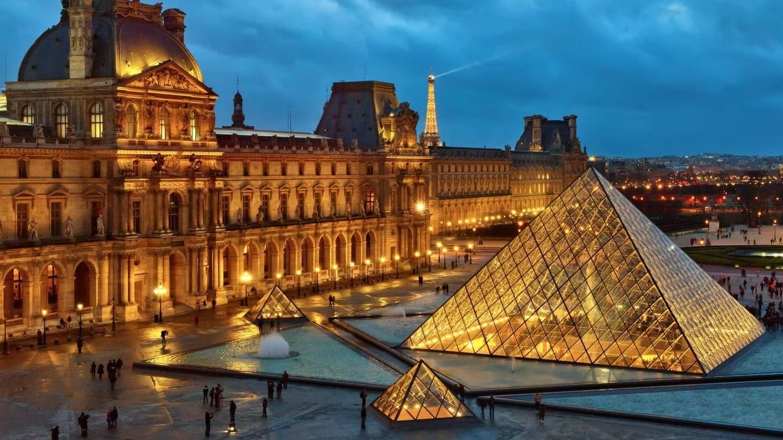 Louvre Tour