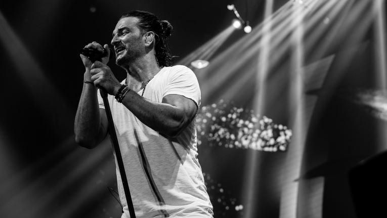 Las Mejores Frases De Canciones De Ricardo Arjona Que Nos Hacen