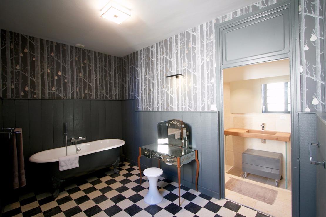 Suite de luxe Francis POULENC dans un ancien htel particulier de Lectoure  chambre dhtes