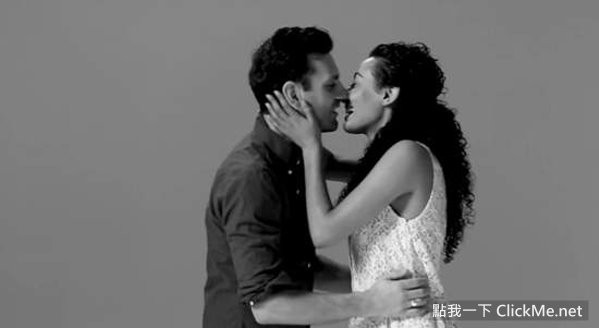 《20位陌生人的初吻》最溫暖激情又尷尬的接吻~   點我一下