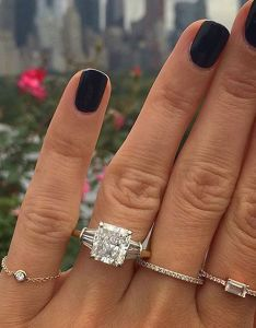 also this is the average carat size for an engagement ring who what wear rh whowhatwear