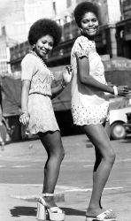 70s 1970s wore moda outfits looks whowhatwear mode