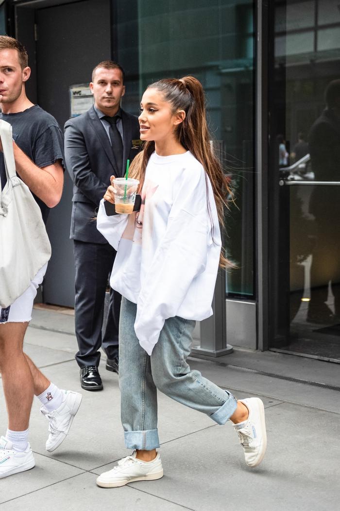 Ariana Grande Everyday Outfit : ariana, grande, everyday, outfit, Ariana, Grande, Everyday, Outfit, Songs