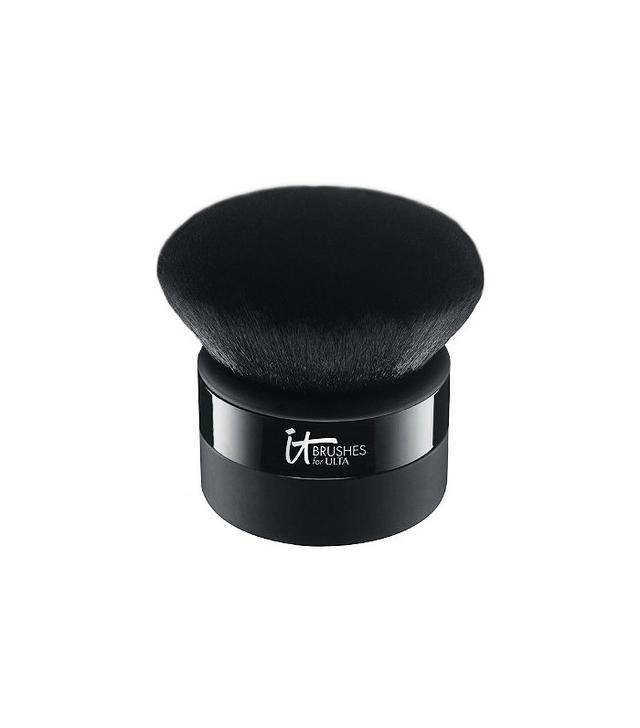 makeup-brush-guide-it-brushes-velvet-luxe-goddess-kabuki-brush-#306