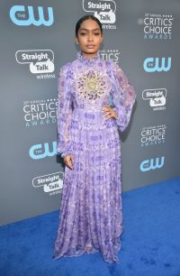 All the Critics' Choice Awards Red Carpet Looks You Need ...
