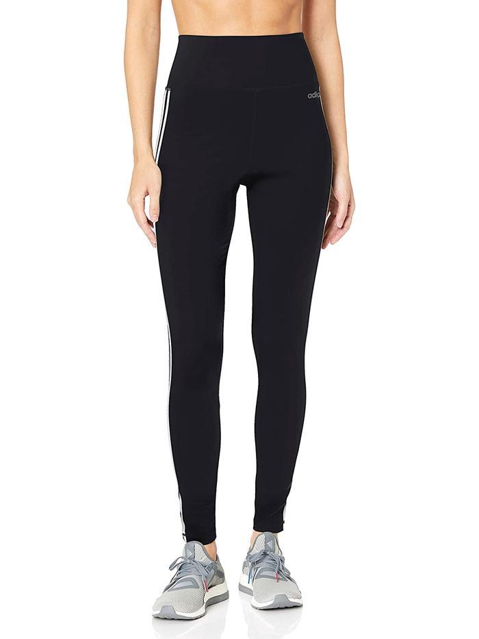 Yoga Leggings Brands Logos : leggings, brands, logos, These, Leggings, Brands,, Period