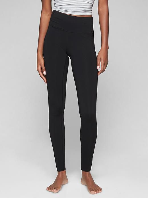 Yoga Leggings Brands Logos : leggings, brands, logos, Clothing, Brands, 2021,, Hands, TheThirty