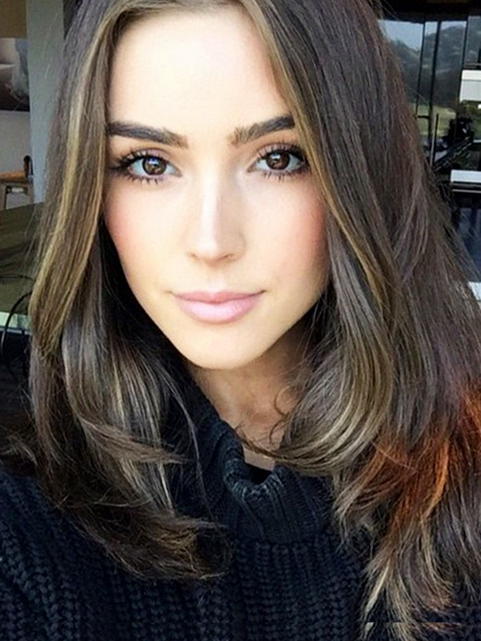 Olivia Culpo Shower Hair And Makeup Routine For A Night