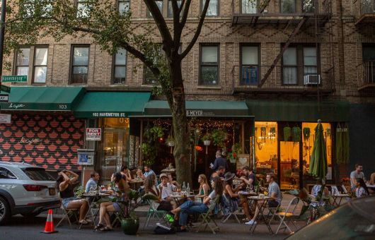 A photo of outdoor diners at Have & Meyer in Williamsburg