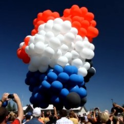 Chair With Balloons Fishing Footplate Lawn Balloon Flight Forced To Land Early In Oregon Cnn