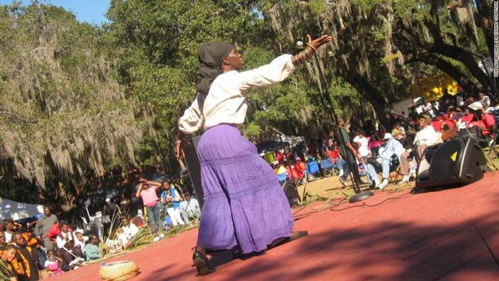 The Gullah/Geechee are descendants of West African slaves brought to America to work in rice and cotton fields. Thanks to their relative isolation and strong community life, they've preserved their African cultural history.
