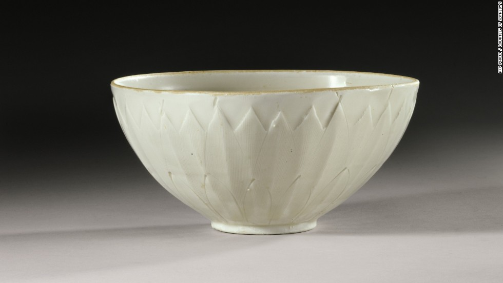 yard sale bowl sells