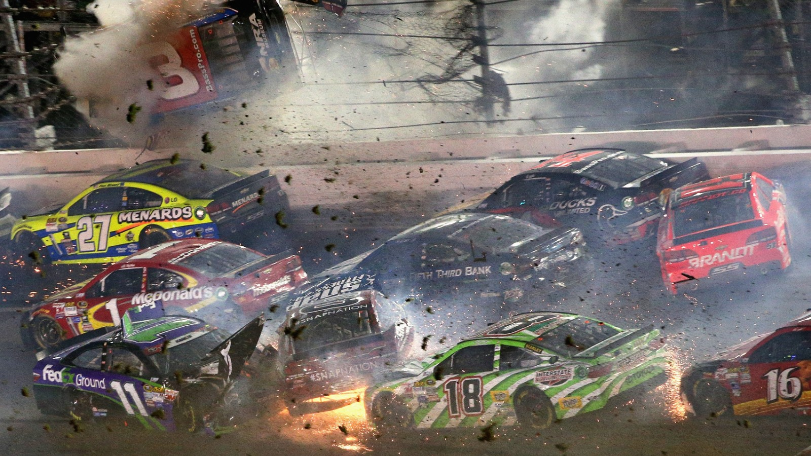 Car Wrecks Wallpaper Crash At Nascar Daytona Cnn