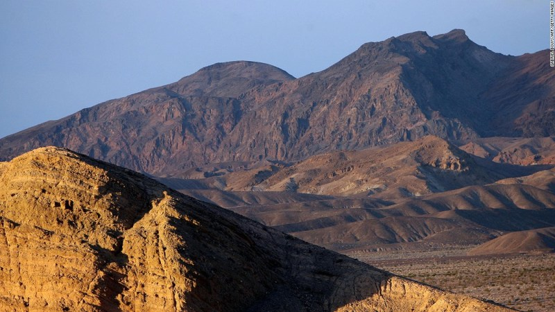 """<strong>Tatooine (Death Valley National Park, California/Nevada):</strong> Although most of Tatooine was shot in Tunisia, crucial scenes in """"A New Hope"""" were filmed in Death Valley between the Sierra Nevada mountains and Mojave Desert."""