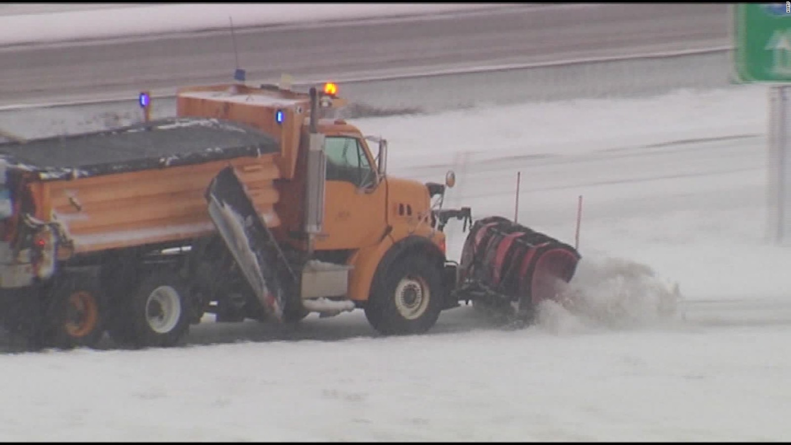 hight resolution of crew plows through blizzard to get man a new heart