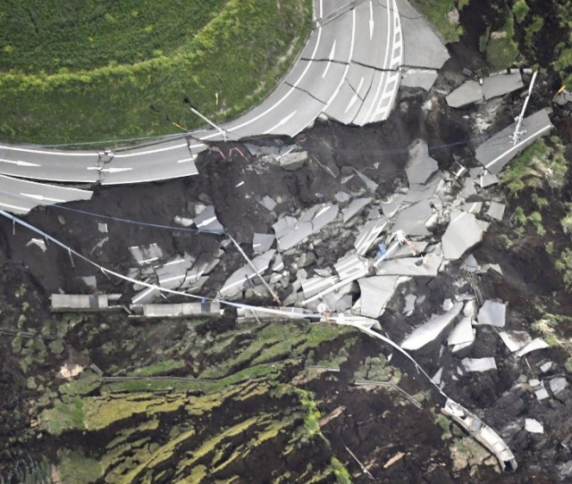 The Tremors Appear To Have Caused Extensive Damage Overturning Cars Splitting Roads And Triggering Photos Earthquakes Strike Japan