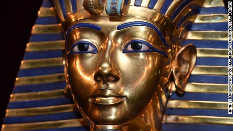 'Secret chamber' in Tutankhamun's tomb does not exist, say researchers