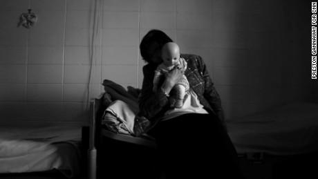 Epidemia de violaciones en hogares de ancianos: ¿Qué se está haciendo después del informe de la CNN?