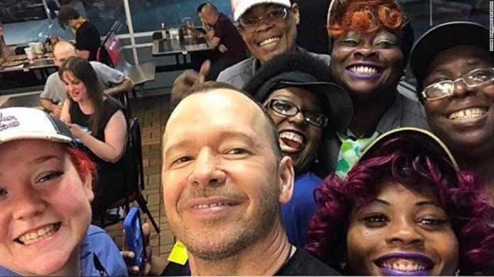 Donnie Wahlberg leaves a $2,000 tip for Waffle House servers - CNN