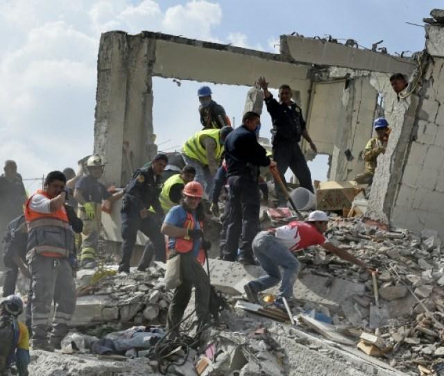 Violent Earthquake Rocks Mexico