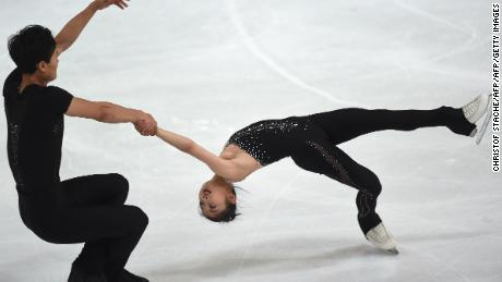North Korean figure skaters Ryom Tae-Ok and Kim Ju-Sik  have qualified for the Pyeongchang Olympics.