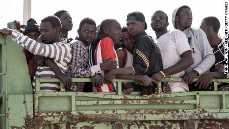 Hundreds of migrants stranded in Libya are returned to Nigeria