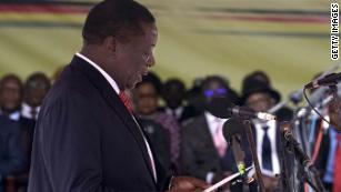 Zimbabwe's Mnangagwa sworn in as President