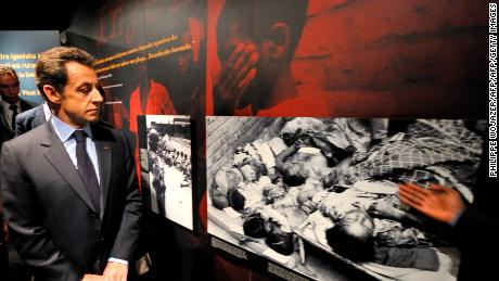 France's former President Nicolas Sarkozy visits the Memorial of the Rwandan genocide in Kigali on February 25, 2010.