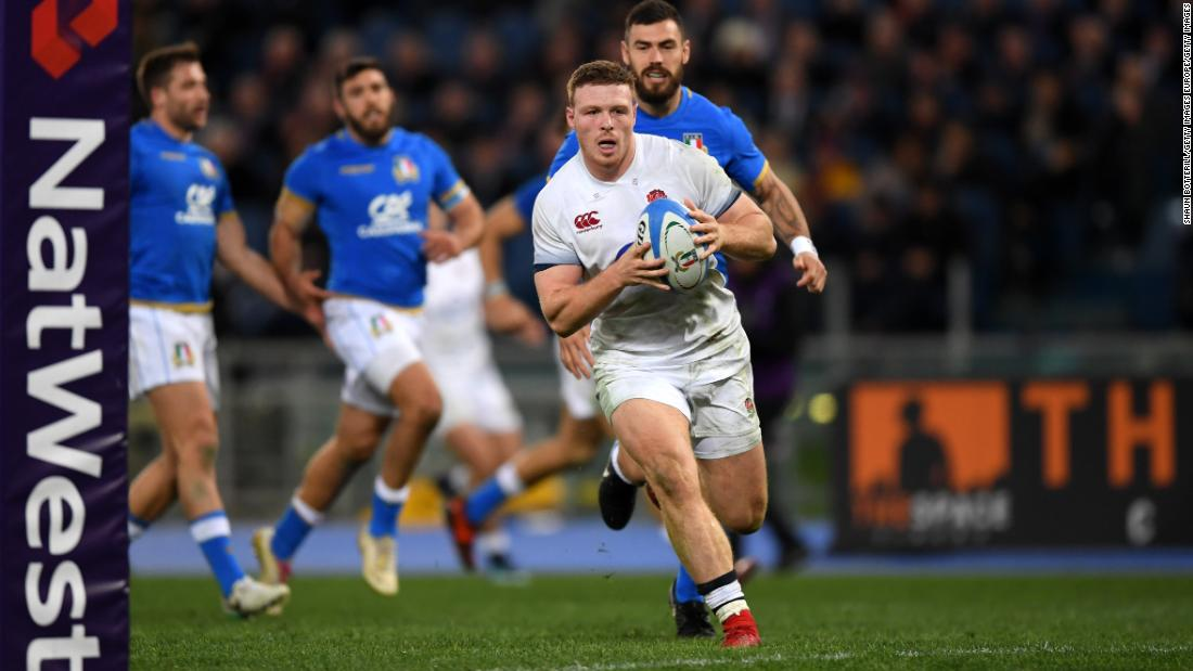 Debutant Sam Simmonds scored twice for England as the reigning champions cut loose to win 46-15.