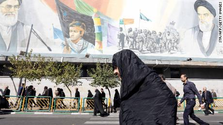 In Tehran, specter of war met with more defiance than fear