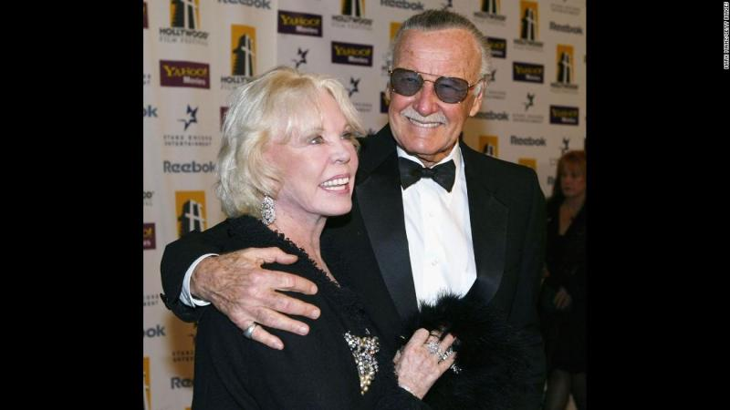 Lee and his wife arrive for an awards gala in 2004. They were married in 1947.