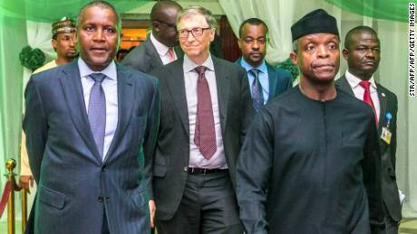 Bill Gates le dice a los líderes nigerianos que & # 39; se enfrenten a los hechos & # 39; para que puedan progresar
