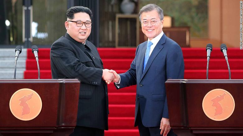 North Korean leader Kim Jong Un, left, and South Korean President Moon Jae-in shake hands after announcing the Panmunjom Declaration.