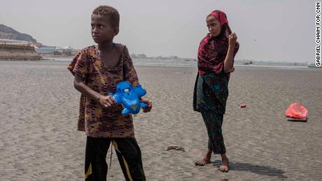 Somalian children migrants on the route to Aden.