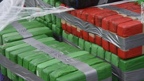 02 US Coast Guard seizes cocaine