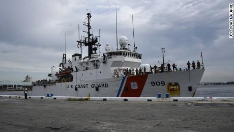 03 US Coast Guard seizes cocaine