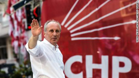 Muharrem Ince at a campaign rally on June 10.