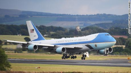'Special Air Mission 41': Bush's final flights on 'Air Force One'