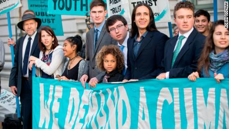 Feds are still trying to stop the 'climate kids' lawsuit