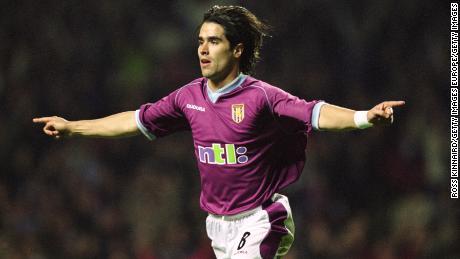 Juan Pablo Angel signed for Aston Villa in 2001 but struggled on his arrival.