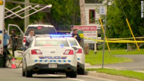 2 police officers among 4 killed in Canada shooting; a suspect is in custody