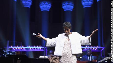 Peabo Bryson remembers Aretha Franklin