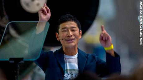 Why a Japanese billionaire wants to send artists to the moon