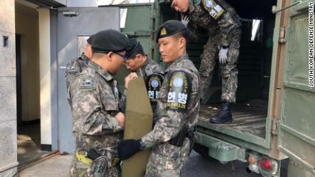 North, South Korea begin demilitarizing 'scariest place on earth'