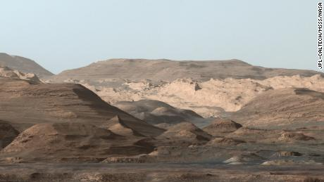 Mars didn't lose all of its water at once, based on the Curiosity rover find