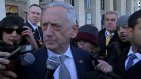 Mattis honor cordon with Lithuanian Defense Minister/LIVE
